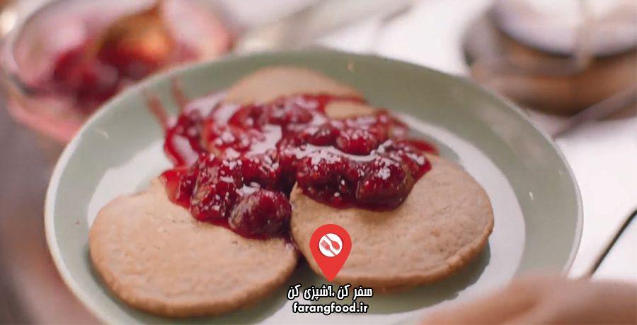 آشپزی آسان با نایجلا: فیلم آموزش پنکیک تمشکی با پودر جو