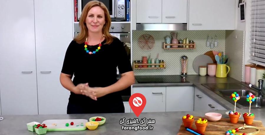 دوست داران کاپ کیک :فیلم آموزش تزیین فانتزی آدامس توپی