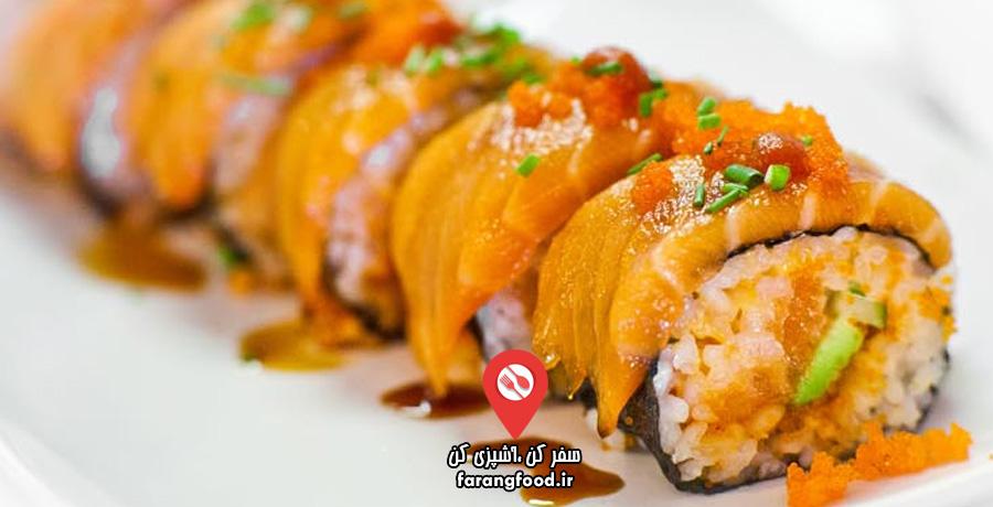 برنج سوشی با رول سالمون