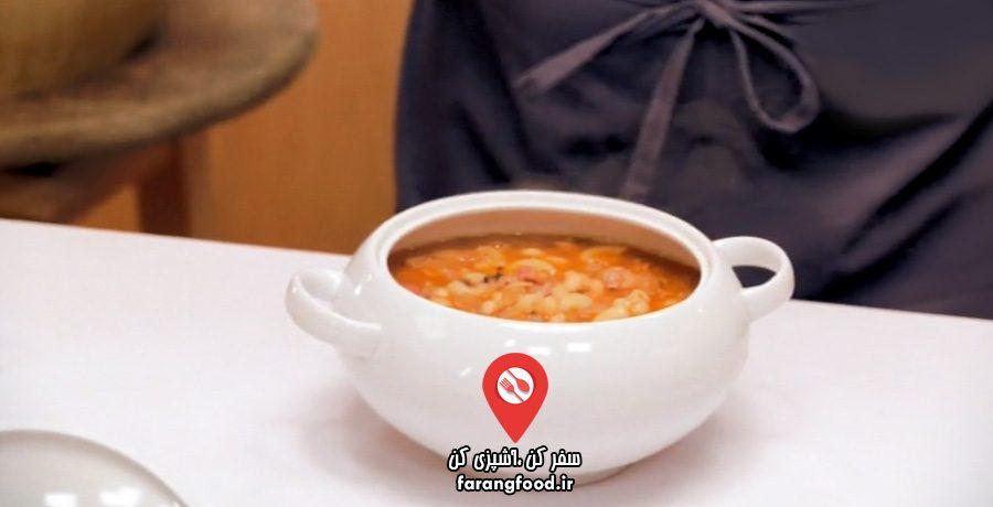 صد ماکارونی فیلم آموزش سوپ با پاستای فاگیولی و بیکن